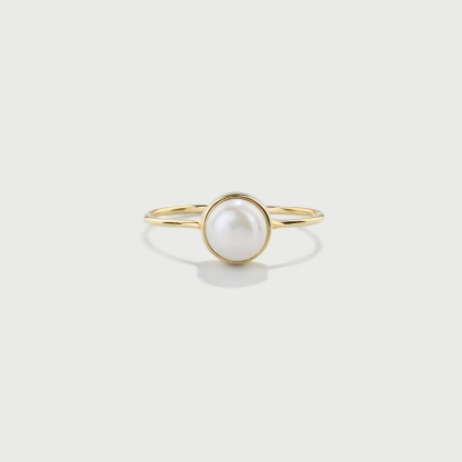 ​White Pearl Ring in Solid 14K Yellow Gold​-AlmaDiPietra