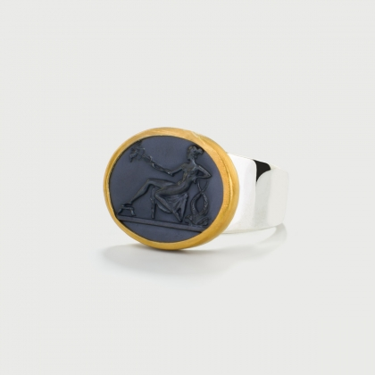 Ancient Greek depiction carved on Hematite, 22K Gold and Silver 925 Ring-AlmaDiPietra