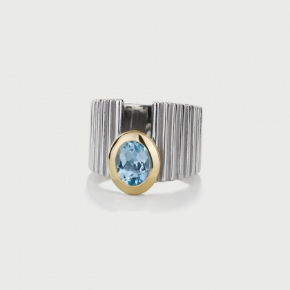 Sky Blue Topaz Ring in 14K Yellow Gold and Silver 925-AlmaDiPietra