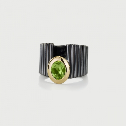 Peridot Ring in 14K Yellow Gold and Silver 925-AlmaDiPietra