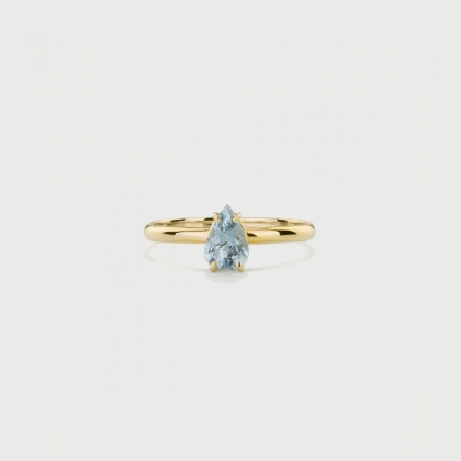 Natural Pear-Cut Aquamarine Ring in 14K Yellow Gold-AlmaDiPietra