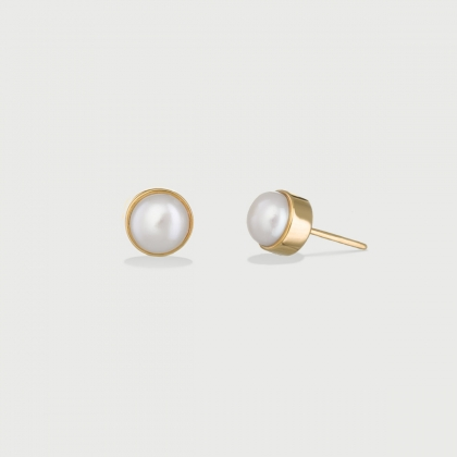 Freshwater ​Pearl Stud Earrings in 14K Gold-AlmaDiPietra