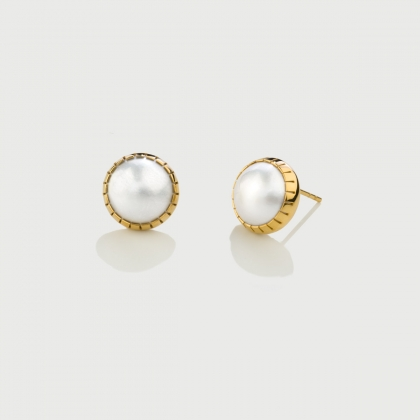 ​White Mabé Pearl Stud Earrings in 14K Yellow Gold-AlmaDiPietra