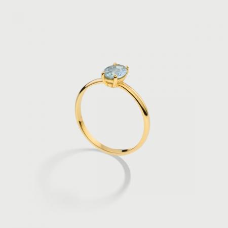 Natural Oval-Cut Aquamarine Ring in 14K Yellow Gold-AlmaDiPietra