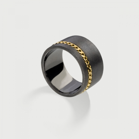 ​​Wide Textured ​Silver Band Ring with 14K Gold Chain-AlmaDiPietra