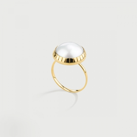 White Mabé Pearl Ring in 14K Yellow Gold-AlmaDiPietra