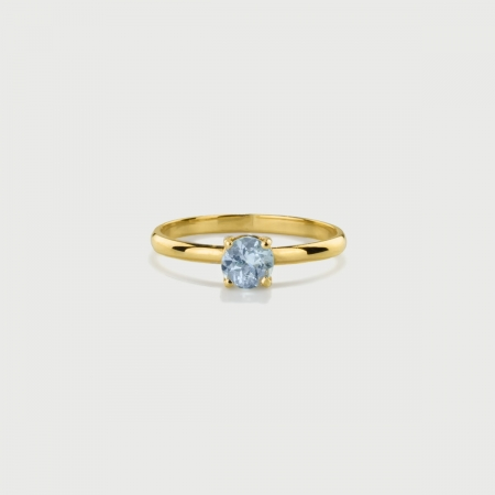 Solitaire Sky Blue Topaz Ring in 14K Yellow Gold-AlmaDiPietra