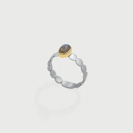Labradorite in 14K Gold bezel and matt finished 925 Silver band Ring, Unique Solitaire Ring, Gold and Silver Ring, Two-Tone Ring-AlmadiPietra