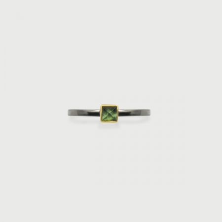 Vivid Green Tourmaline in 14K Gold bezel and Black Rhodium 925 Silver Square band Ring, Unique Solitaire Ring, Gold and Silver Ring, Two-Tone Ring-AlmadiPietra